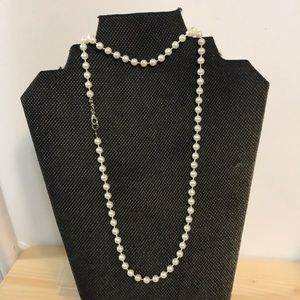 "Jewelry - 30"" Beautiful Strand of Faux Pearls"